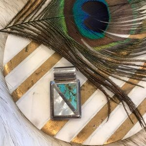 Jewelry - Real turquoise/Real 🐚 mother of pearl pendant